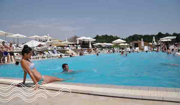 piscina-aprilia-park